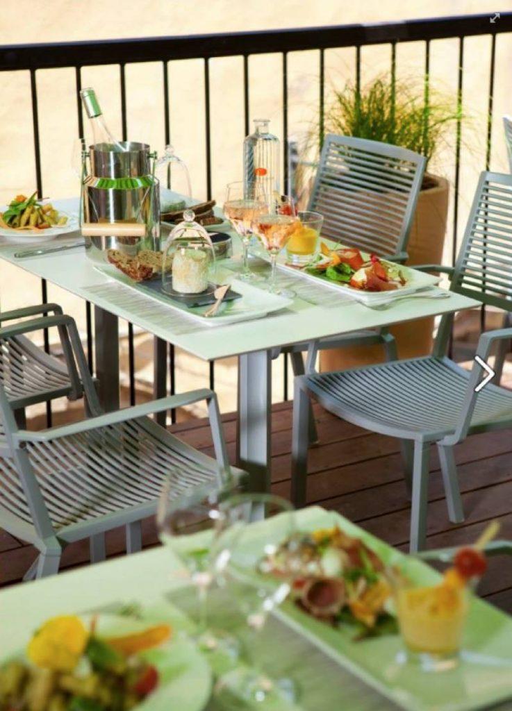 Restaurant avec toit terrasse